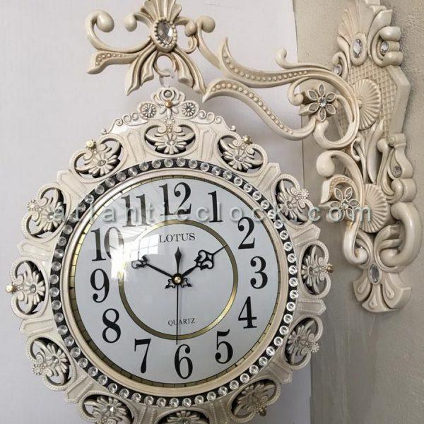ساعت دیواری دوطرفه سفید